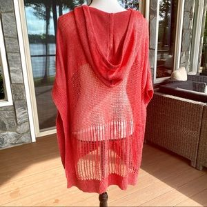 TOMMY BAHAMA, M . Swim Cover up —GORGEOUS ! 🏖🔥❤️